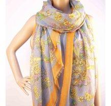 Šátek šedo oranžový s motivem květin