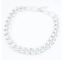 Stříbrný řetěz na krk