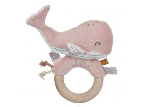 chrastítko - růžová velryba na dřevěném kroužku LD