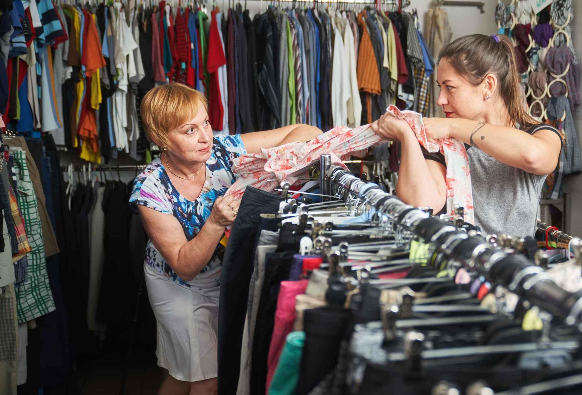 Češi ročně vyhodí až 180 tisíc tun textilu