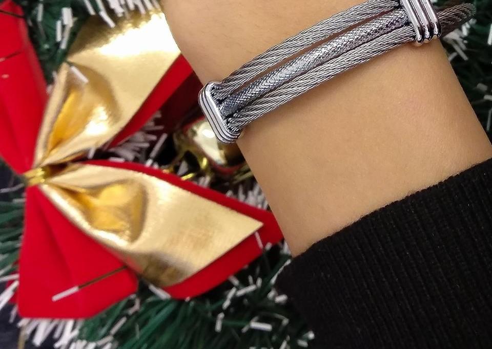 Tipy na vánoční dárky pro ženy i pro muže