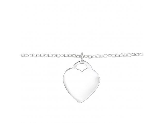Stříbrný náramek na ruku s přívěskem srdce