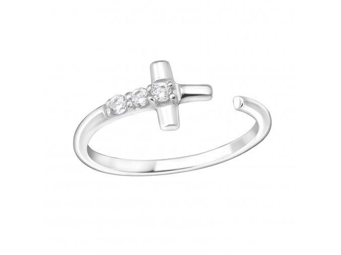 Stříbrný prsten s křížkem a zirkony