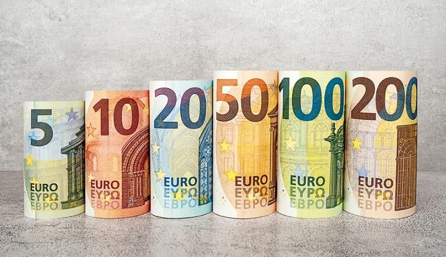 """Nové """"100 € a 200 € v oběhu od 28.5.2019"""