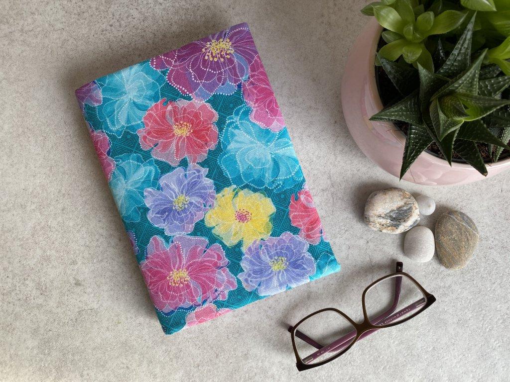 Obal na knihu - Růžové květy