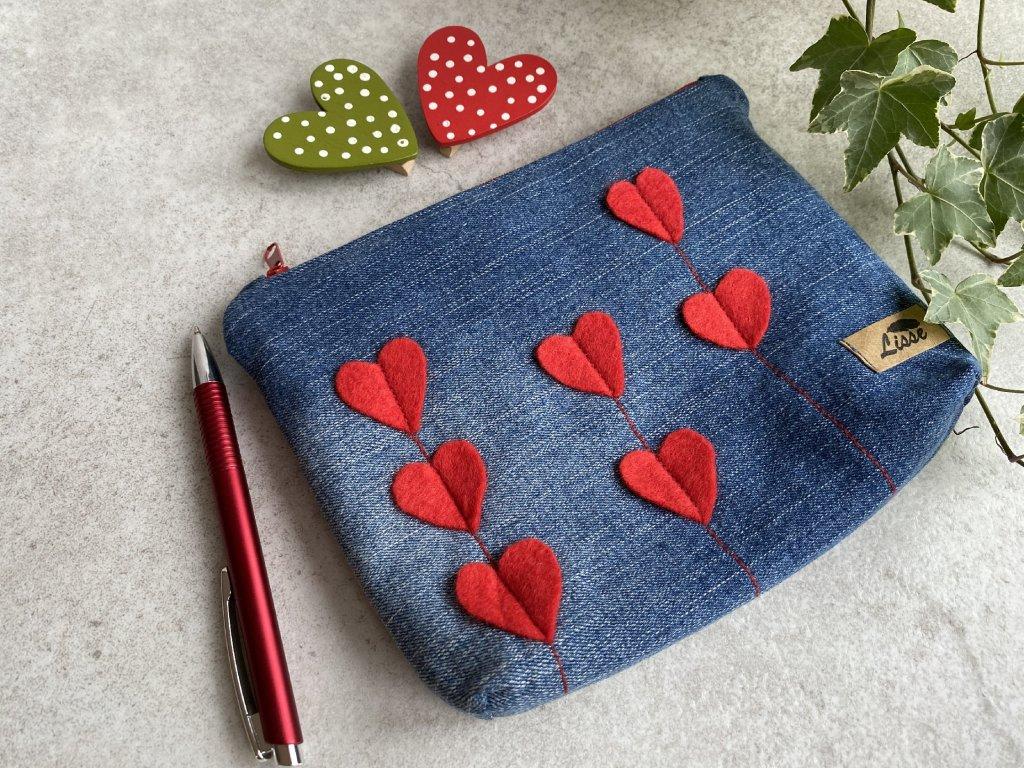 """Kosmetická taška - pouzdro - """"zamilovaná"""""""