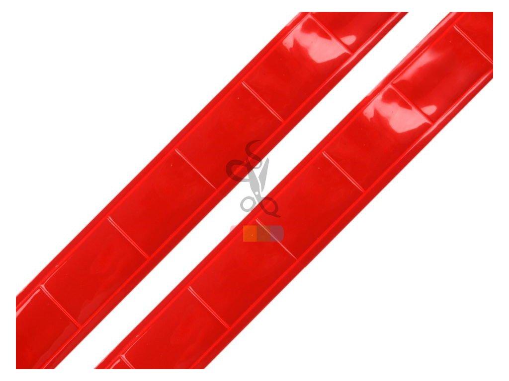 reflexní páska plastová k našití šíře 25 mm - červená