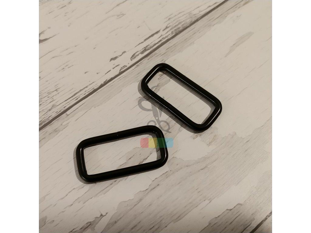 černý kov - průvlek 30 mm