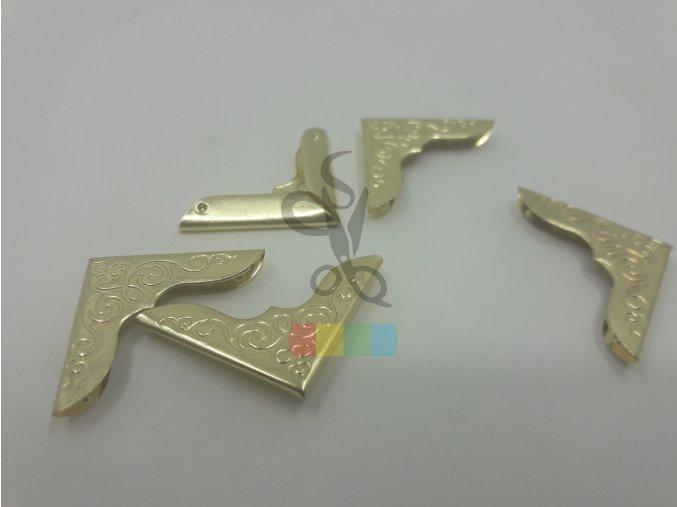 rožek kovový ornament 22 x 22 mm, zlatý