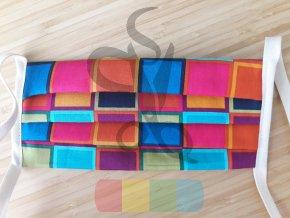 rouška skládaná s tkaničkami  - barevné kostky