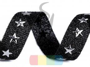 prýmek s kovovými hvězdami