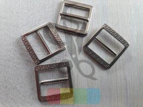 zkracovač kovový na popruhy 12 mm - ozdobný - stříbrný