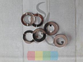 průchodka zacvakávací 15 mm  - stříbrná