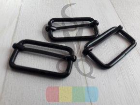 černý kov - zkracovač pro popruhy 40 mm