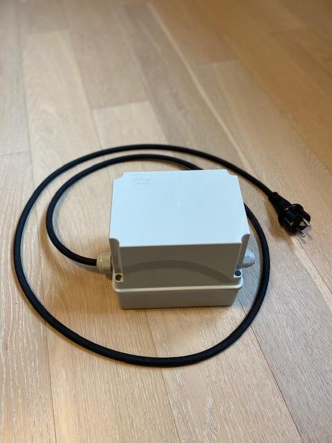 Wi-Fi časovač, Wi-Fi spínací hodiny, časové relé s Wi-Fi pro 1-fázové a 3-fázové motory Varianta: s 3-fázovým stykačem AC-3/3x9A/4kW