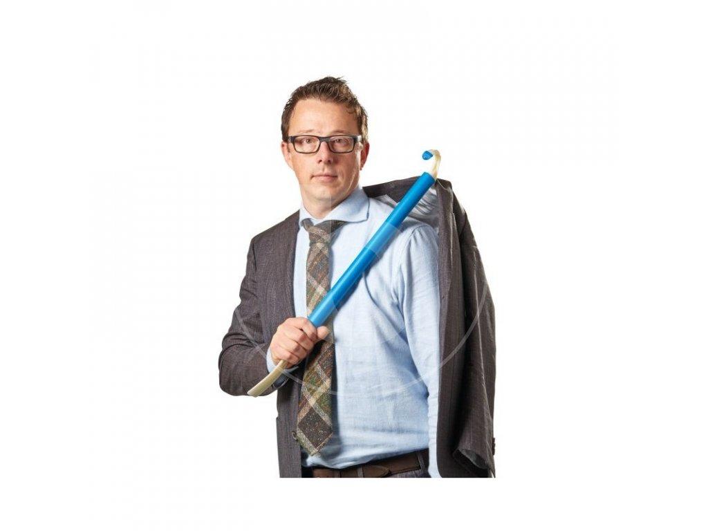 pomocka na obliekanie (1)