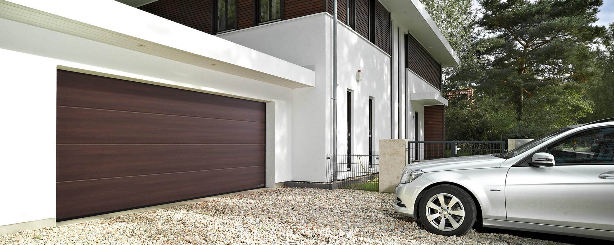 AKCE HÖRMANN LIGHT sekční garážová vrata s pohonem a dálkovým ovládáním-kvalita za rozumnou cenu