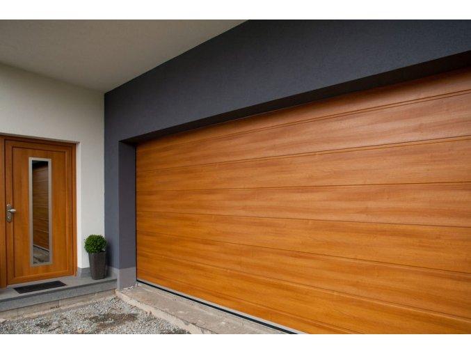 Akce Kružík 3000x2000 a 3000x2125 garážová sekční vrata dekor M-drážka Dřevodekory+stropní pohon a dálkové ovládání   (Barva zlatý dub, tmavý dub-ořech Nussbaum, Mahagon, bahenní dub eiche dunkel, třešeň-amateto)