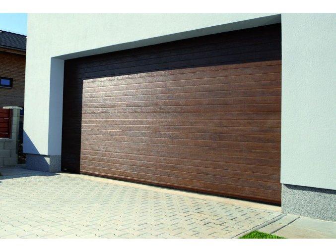 AKCE Kružík PLUS šířky 2375 a 2500 mm-výšky 2000 a 2125 kvalitní garážová vrata barvy-Dřevodekor, stropní pohon vrat ,dálkové ovládání   (Barva zlatý dub - lamela woodgrain, tmavý dub -ořech Nussbaum woodgrain)