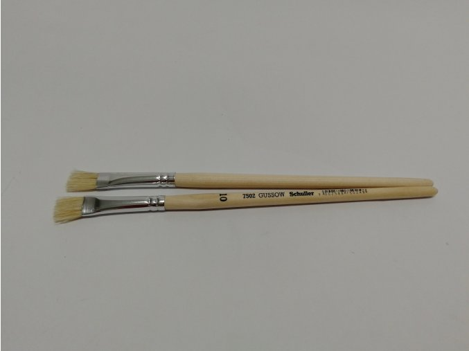 Štětec školní plochý 10(dřevěná krátká rukojeť)