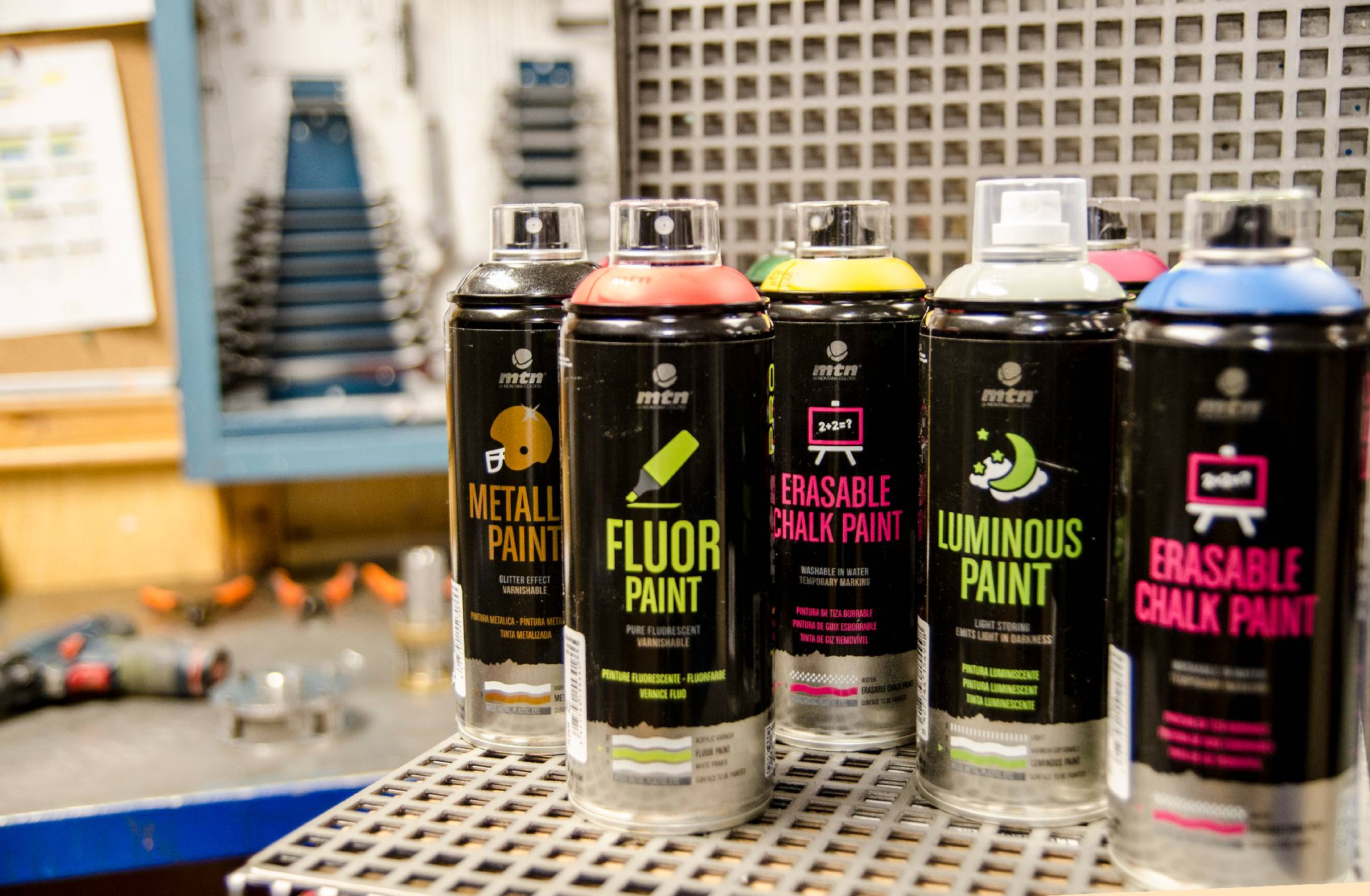 MTN PRO - fluo, fosforové a reflexní barvy