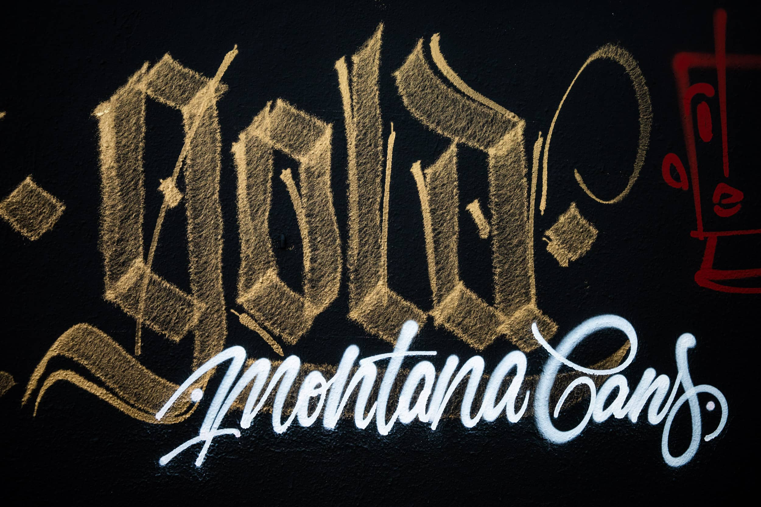 1909-Montana-Marble-Effect-Gold-HokerOne-9236