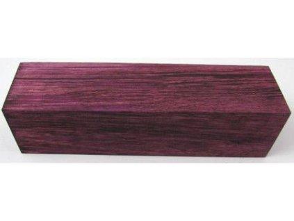 Farbený hrab burgundy