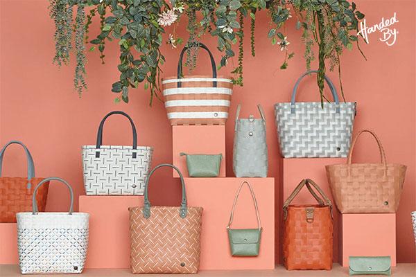 Originálne tašky Handed By s nápadom, ktorý dokonale osvieži váš outfit