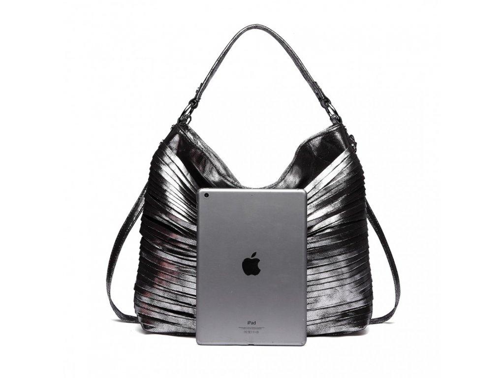 ... Elegantná štýlová dámska kabelka s prúžkami na rameno - čierna ... 9667260e1e1