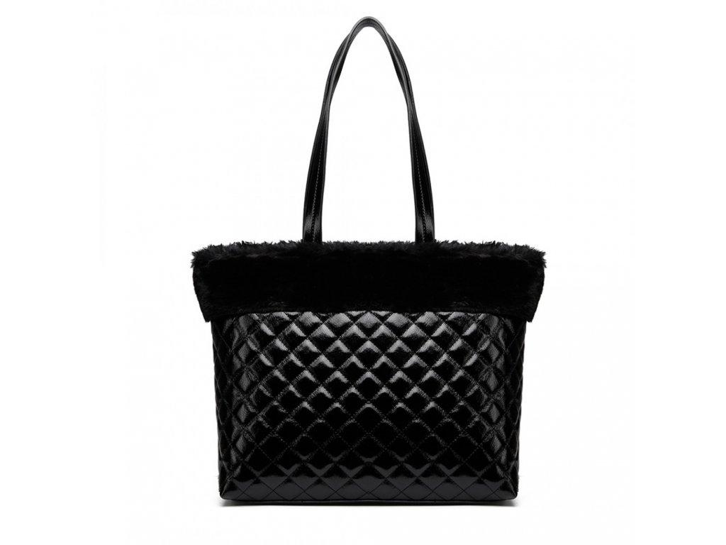 Lesklá elegantná kabelka s kožušinou - čierna
