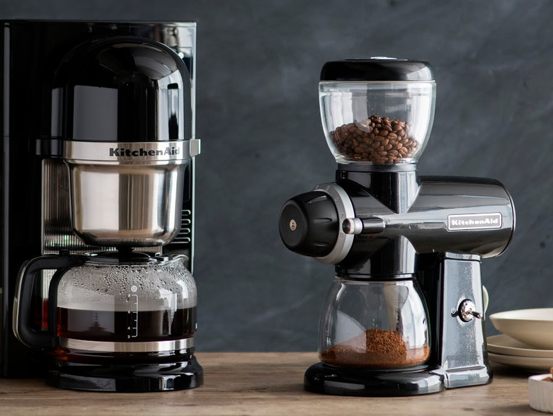 Překapávaná káva