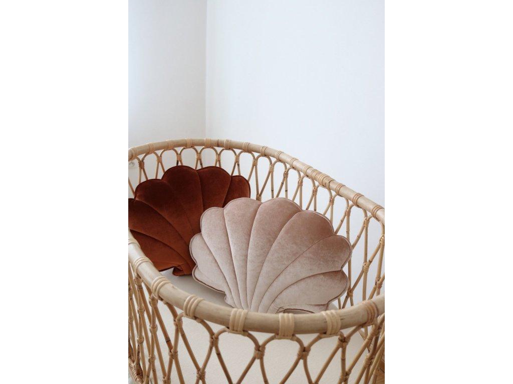 Velvet polštářek mušle - béžová perla