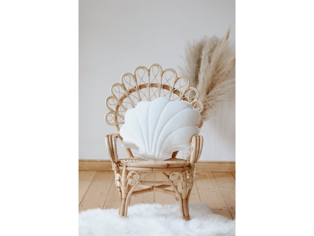 Velvet polštářek mušle - bílá perla