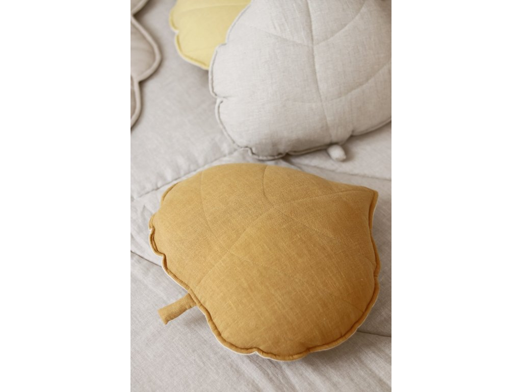 Lněný polštářek lístek - Mango