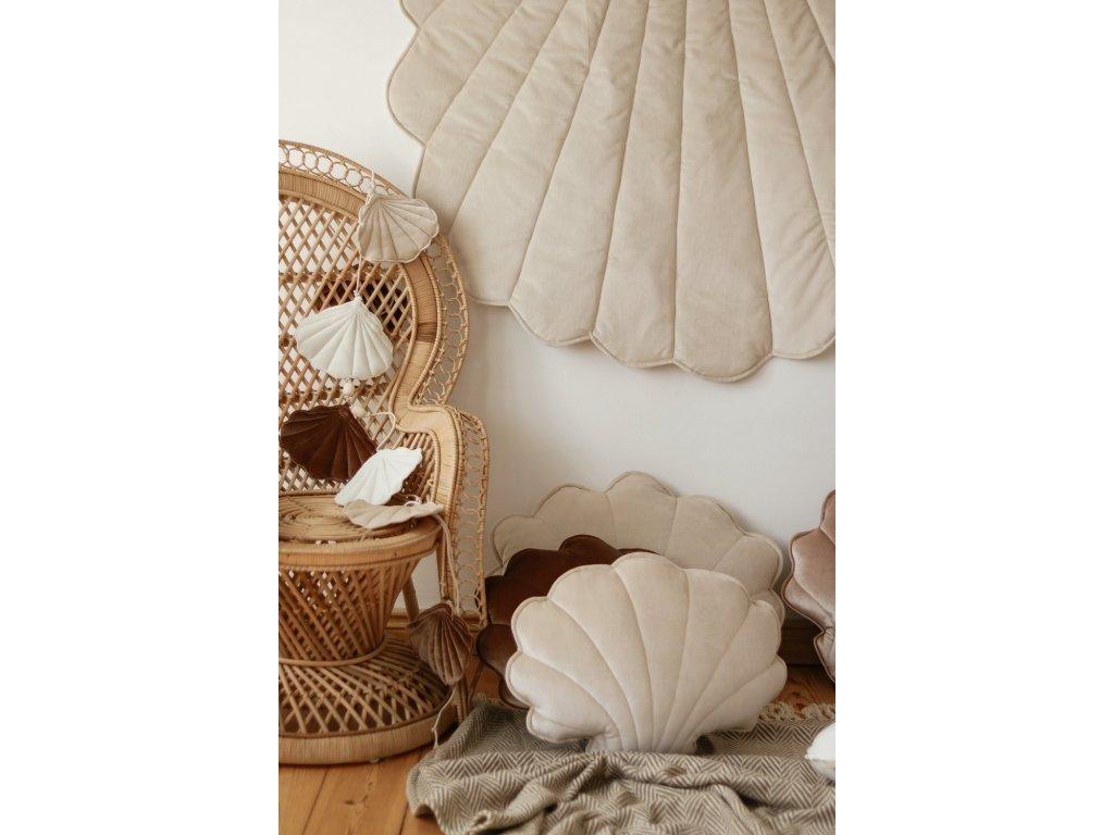 Velvet polštářek mušle - kremová perla