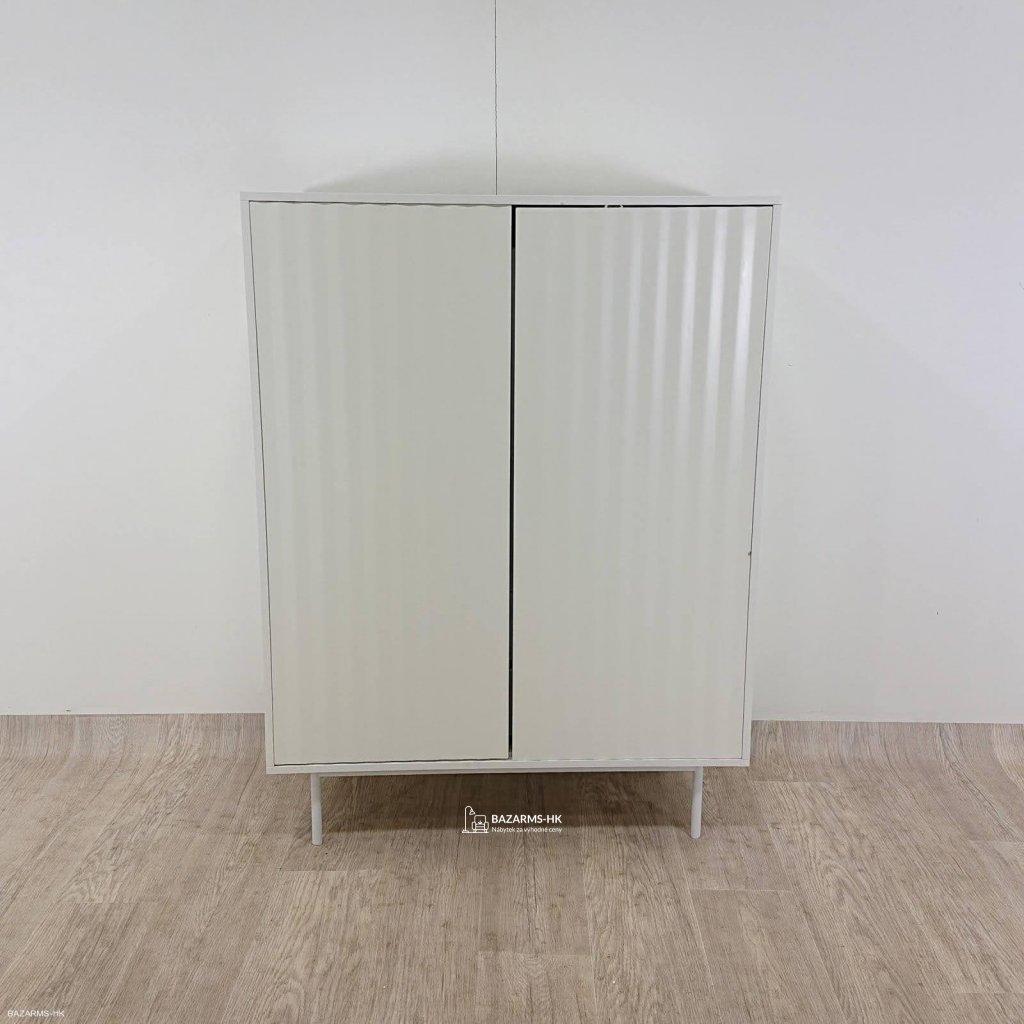 Bílá skříňka Teulat Sierra