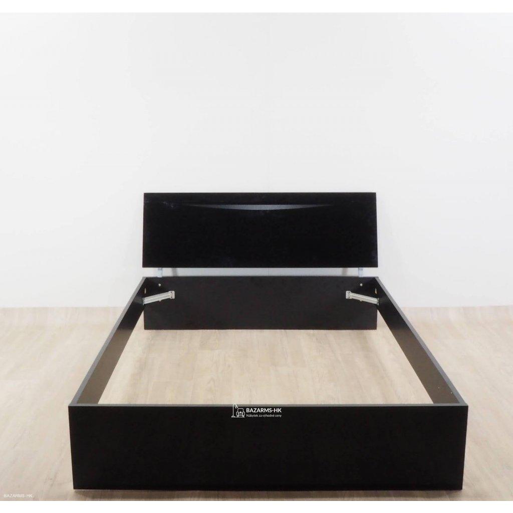 Černá dvoulůžková postel Artemob Letty