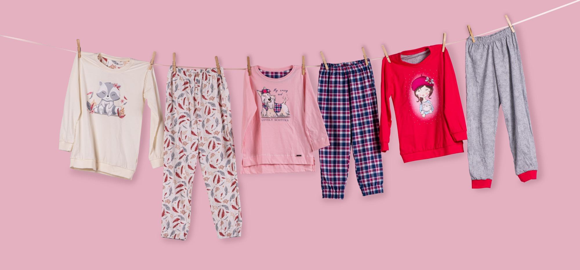 Dívčí pyžama