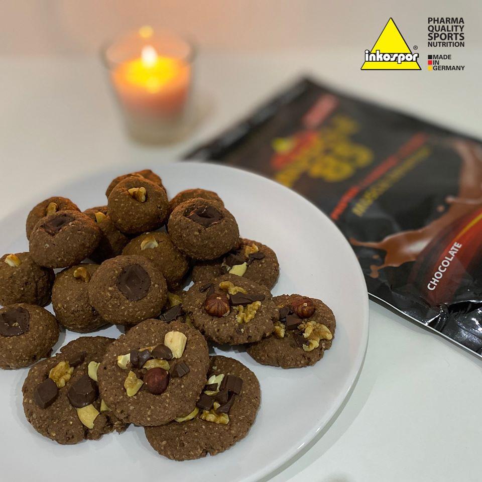 Recept   Zdravé perníkové cookies s čokoládovým proteinem
