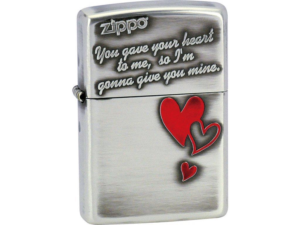 Zapalovač Zippo 28197 Triple Heart