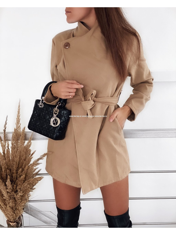 Flaušový béžový kabát SYA