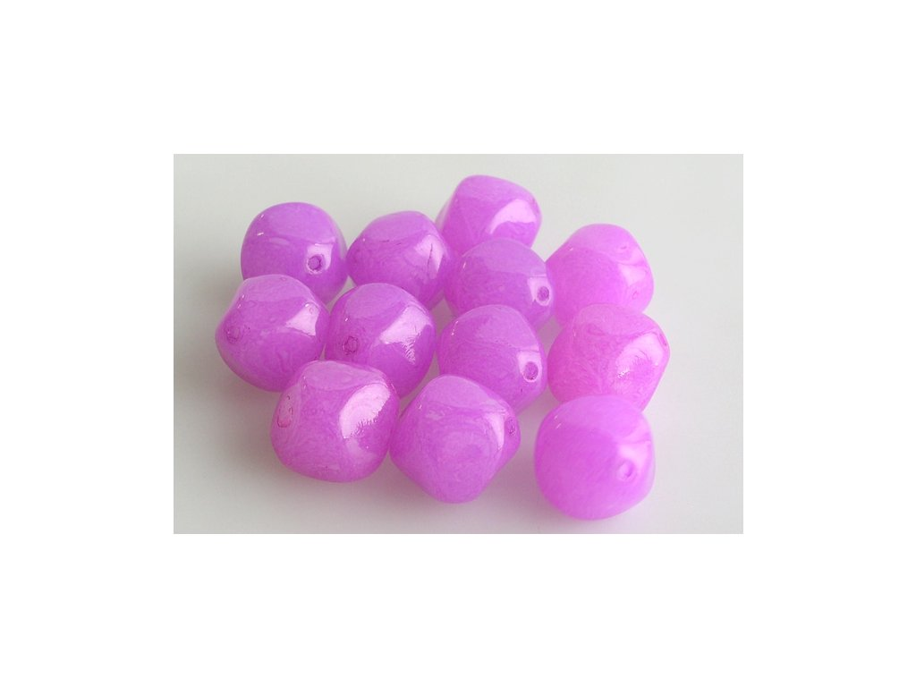 shaped pressed glass bead 11100273 17 mm 02010/10010