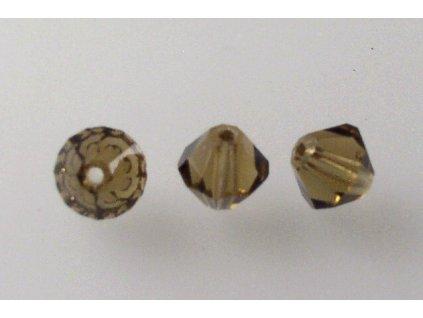 M. C. beads bicones 6 mm 10240