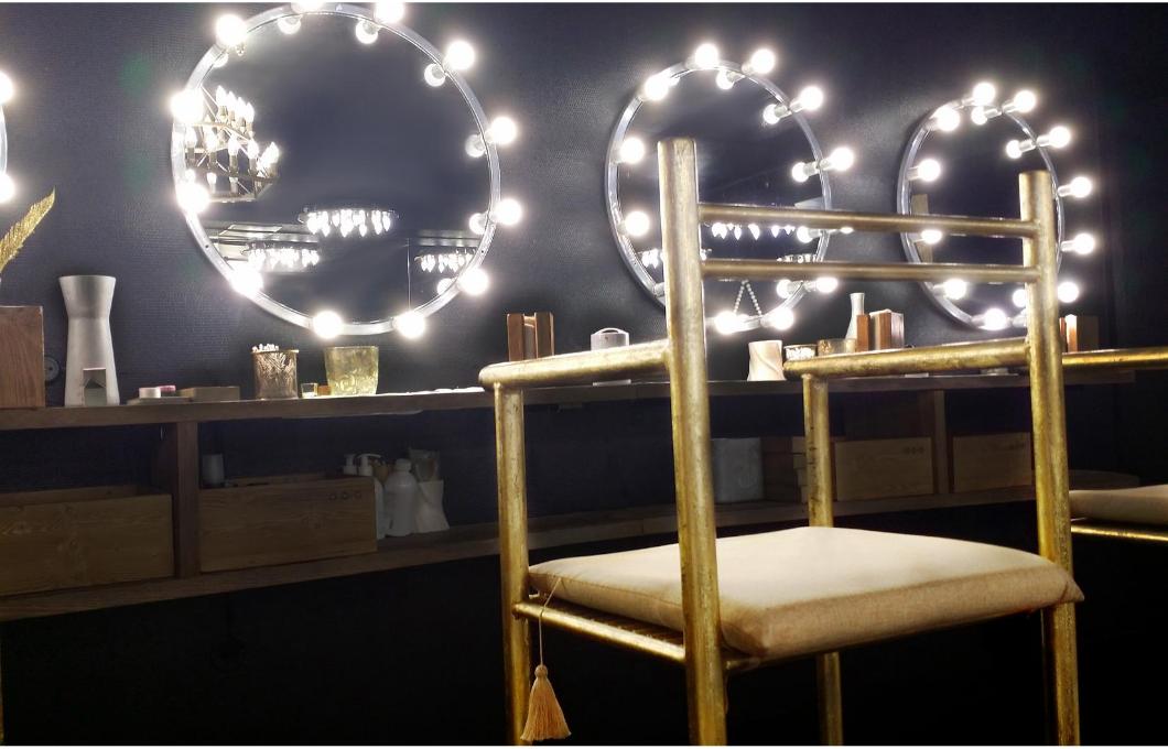 Hledáte kvalitní kosmetický nábytek? Víme, kam pro něj