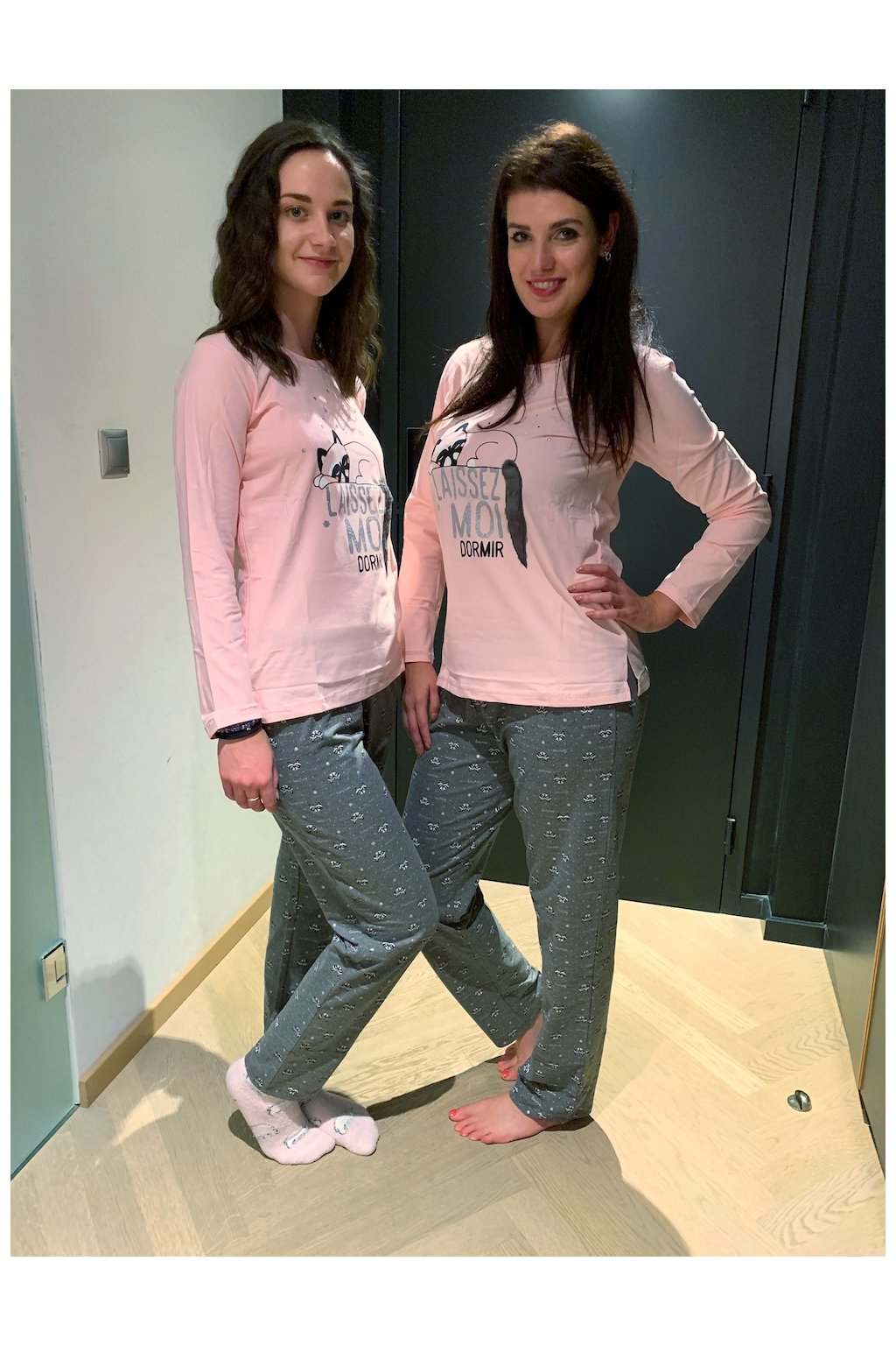 Dámské pyžamo růžovo-šedé s kočkou s dcerou