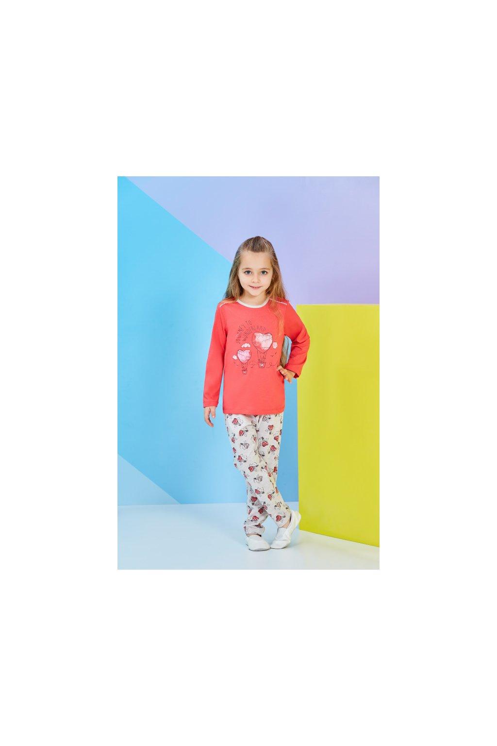 Dívčí pyžamo dlouhé, červené se srdíčky
