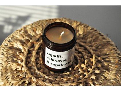 Válcová svíčka ze včelího vosku