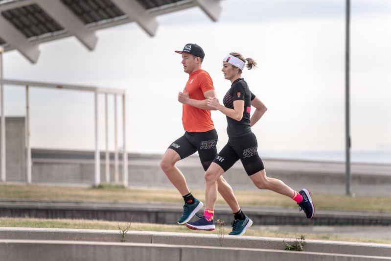 Proč se běžci pravidelně zraňují? Je to nášlapem přes patu?