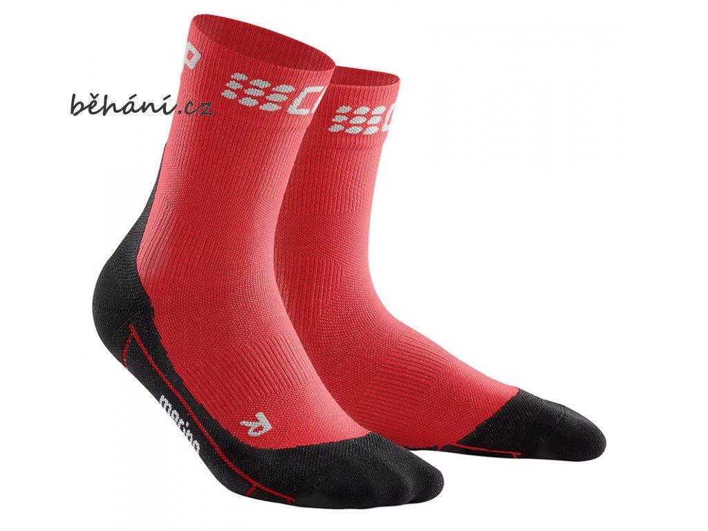 Winter Run Compression Mid Cut Socks red black pair