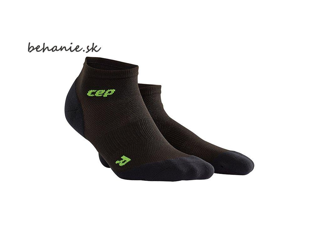 CEP dámské kotníkové běžecké kompresní ponožky ULTRALIGHT - černá / zelená (Velikost IV (23,5 - 26 cm obvod kotníku))
